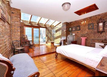 Thumbnail 4 bed town house for sale in Manchester Road, London