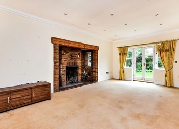 Thumbnail 6 bed property to rent in Rossendale Close, Clay Hill, Enfield