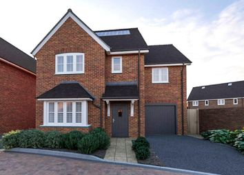 Day Close, Horley RH6. 4 bed detached house for sale