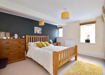 2 bed flat for sale in Bretland Road, Rusthall, Tunbridge Wells, Kent TN4
