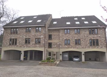2 bed flat to rent in Harlow Manor Park, Harrogate HG2