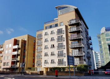 Thumbnail 2 bed flat to rent in Park Lane, East Croydon, Surrey