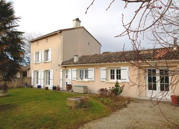 Thumbnail 2 bed property for sale in Poitou-Charentes, Deux-Sèvres, Brioux Sur Boutonne