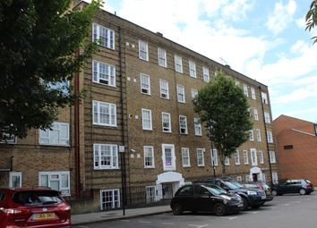 Thumbnail 3 bed flat to rent in Maygood Street, Angel