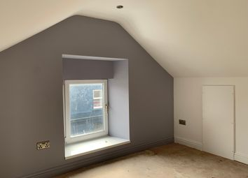 Thumbnail 2 bed flat to rent in Chapel Street, Mumbles, Swansea