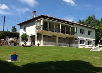 Thumbnail 6 bed detached house for sale in Massignac, Charente, Poitou-Charentes, France