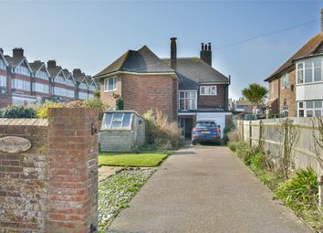 Middlesex Road, Bexhill-On-Sea, East Sussex TN40. 4 bed flat for sale