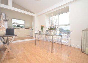 Thumbnail 2 bedroom flat to rent in Westbury Lane, Buckhurst Hill