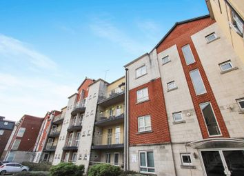 Thumbnail 2 bedroom flat for sale in Gloucester Square, Southampton