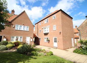 Thumbnail 2 bed flat to rent in St. Andrew Place, York