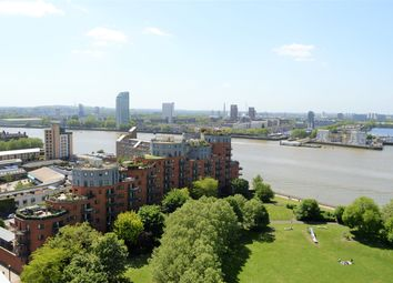 3 bed flat to rent in Westferry Road, Docklands Canary Wharf E14