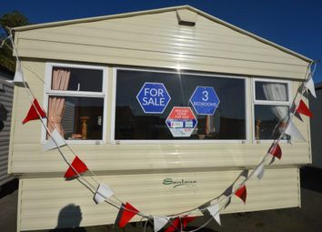 Thumbnail 3 bedroom property for sale in Walton Avenue, Felixstowe