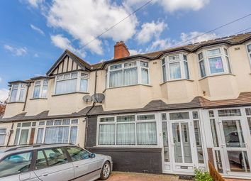 Thumbnail 3 bed flat to rent in Frankland Road, London