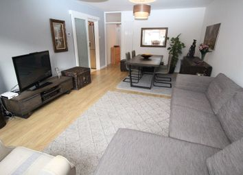 2 bed property for sale in Clifford Road, New Barnet, Barnet EN5