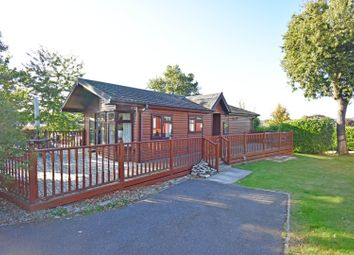 2 bed mobile/park home for sale in Edgley Country Park, Guildford GU5