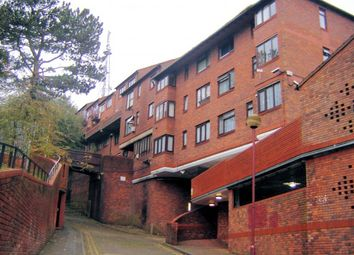 Thumbnail 2 bed flat for sale in Hilltop Court Downs Road, Luton