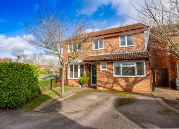 6 bed detached house for sale in Scott Close, Woodley, Reading RG5