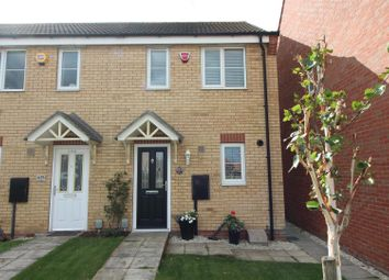 Richmond Way, Kingswood, Hull HU7. 2 bed end terrace house