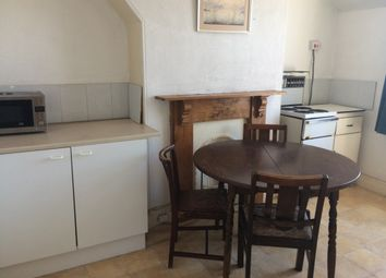 Thumbnail 1 bed flat to rent in Mount Pleasant Road, Exeter