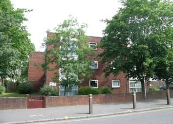 Thumbnail 2 bed flat to rent in Berrylands Road, Berrylands, Surbiton
