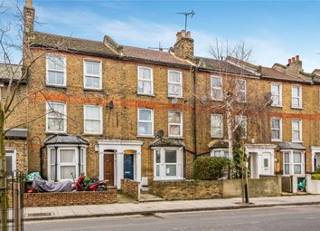 Thumbnail 1 bed flat to rent in Glyn Road, London