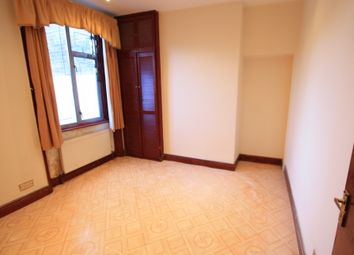 Thumbnail 1 bed flat to rent in Nunhead Line, Peckham
