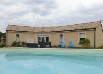 Thumbnail 4 bed detached house for sale in Aquitaine, Dordogne, Prigonrieux