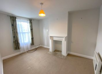 Thumbnail 1 bed flat to rent in Castle Street, Banbury, Oxon