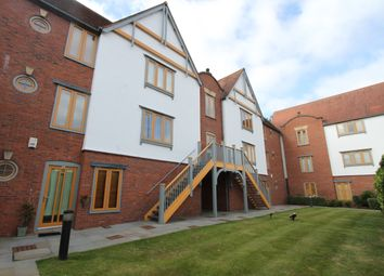Thumbnail 3 bed flat to rent in Foregate Street, Chester, Cheshire