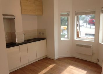 1 bed flat to rent in St Cloud, West Norwood, London SE27 9Pn