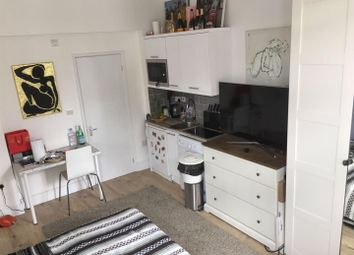 Thumbnail Studio to rent in Sheldon Road, Mapesbury, London