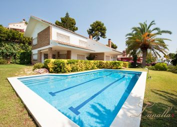 Thumbnail 5 bed chalet for sale in 323, Castelldefels, Barcelona, Catalonia, Spain