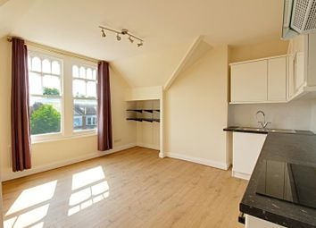 Thumbnail 1 bed flat to rent in High Road, Whetstone, London