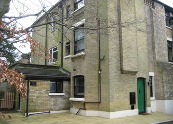 Thumbnail 2 bed flat to rent in The Triangle, Cobden Avenue, Southampton