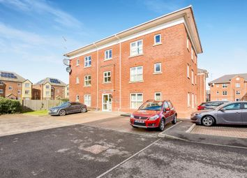 Thumbnail 2 bedroom flat for sale in Thornycroft Close, Newbury