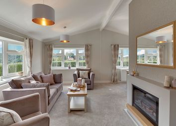 Thumbnail 2 bed mobile/park home for sale in Skinburness Drive, Cumbria