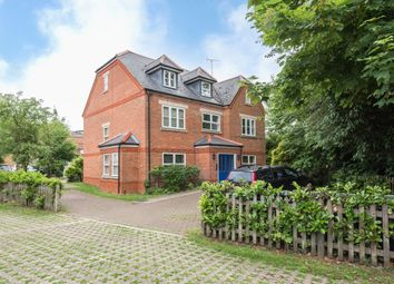 Thumbnail 2 bed flat to rent in Bury Lane, Rickmansworth