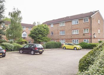 Thumbnail 2 bedroom flat for sale in Thant Close, London