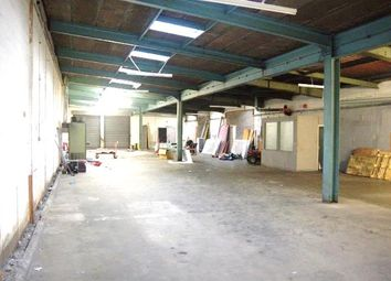 Thumbnail Warehouse to let in Unit 3 Peek House, Venny Bridge Trading Estate, Exeter