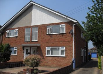 2 bed maisonette to rent in Pear Tree Road, Ashford TW15