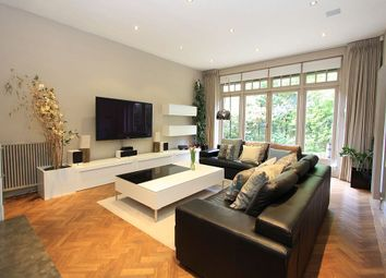 Thumbnail 3 bedroom mews house for sale in Camden Mews, London, London