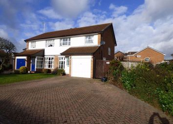 Thumbnail 3 bed property to rent in Riding Way, Wokingham