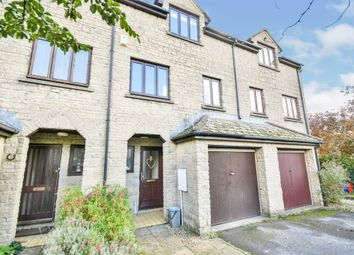 Thumbnail Town house for sale in Hayfield, Marshfield, Chippenham