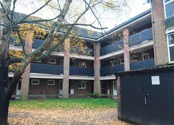 Thumbnail 2 bedroom flat to rent in Thundridge Close, Welwyn Garden City