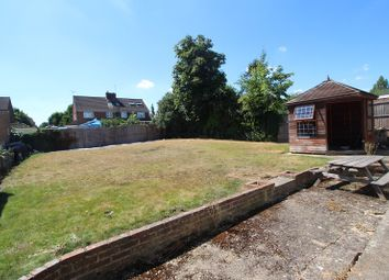 Thumbnail 3 bed detached house to rent in Brill Close, Maidenhead