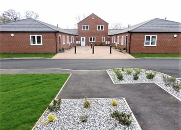 Thumbnail 2 bed town house to rent in Kitchen Lane, Wednesfield, Wolverhampton