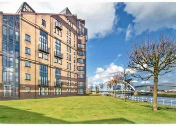 Thumbnail 3 bedroom flat to rent in Mavisbank Gardens, City Centre, Glasgow