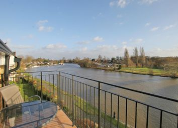 Thumbnail 2 bed flat for sale in Swan Walk, Shepperton
