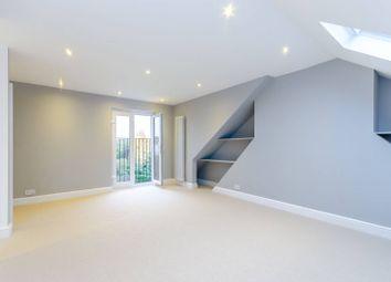 3 bed maisonette to rent in Ellerton Road, Earlsfield SW18