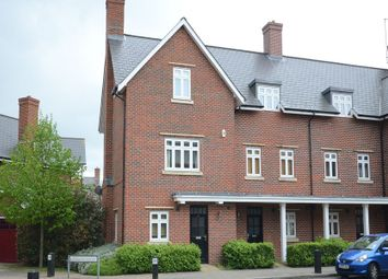 Thumbnail 3 bedroom town house to rent in Gabriels Square, Lower Earley, Reading